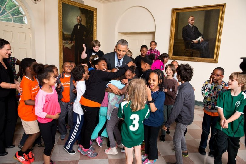 obama-with-kids-source-flickr-user-whitehouse
