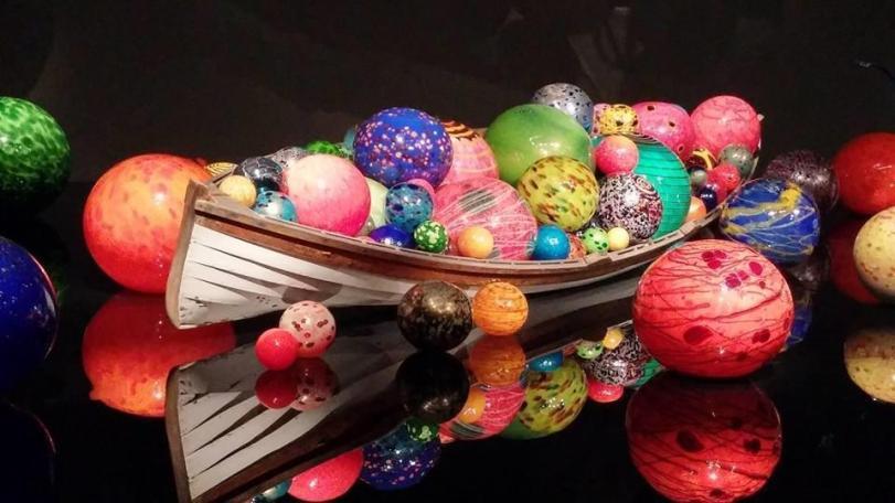 Shiny new balls Chiluly
